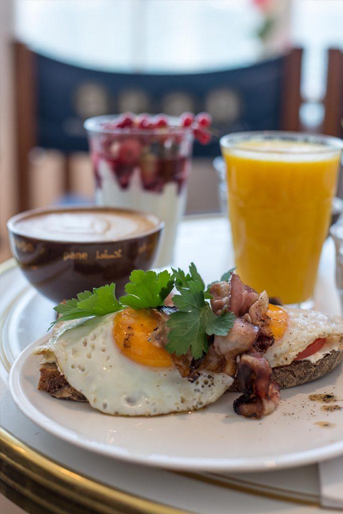 Frühstück im Café Aran am Tegernsee