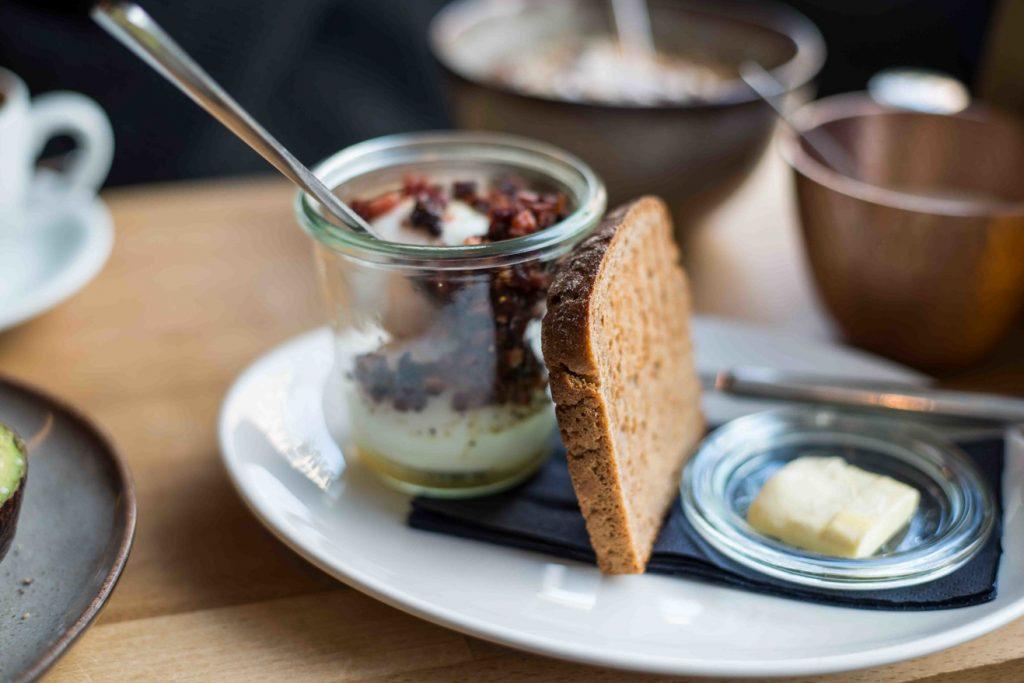 Frühstück im Tagescafé Schwabing