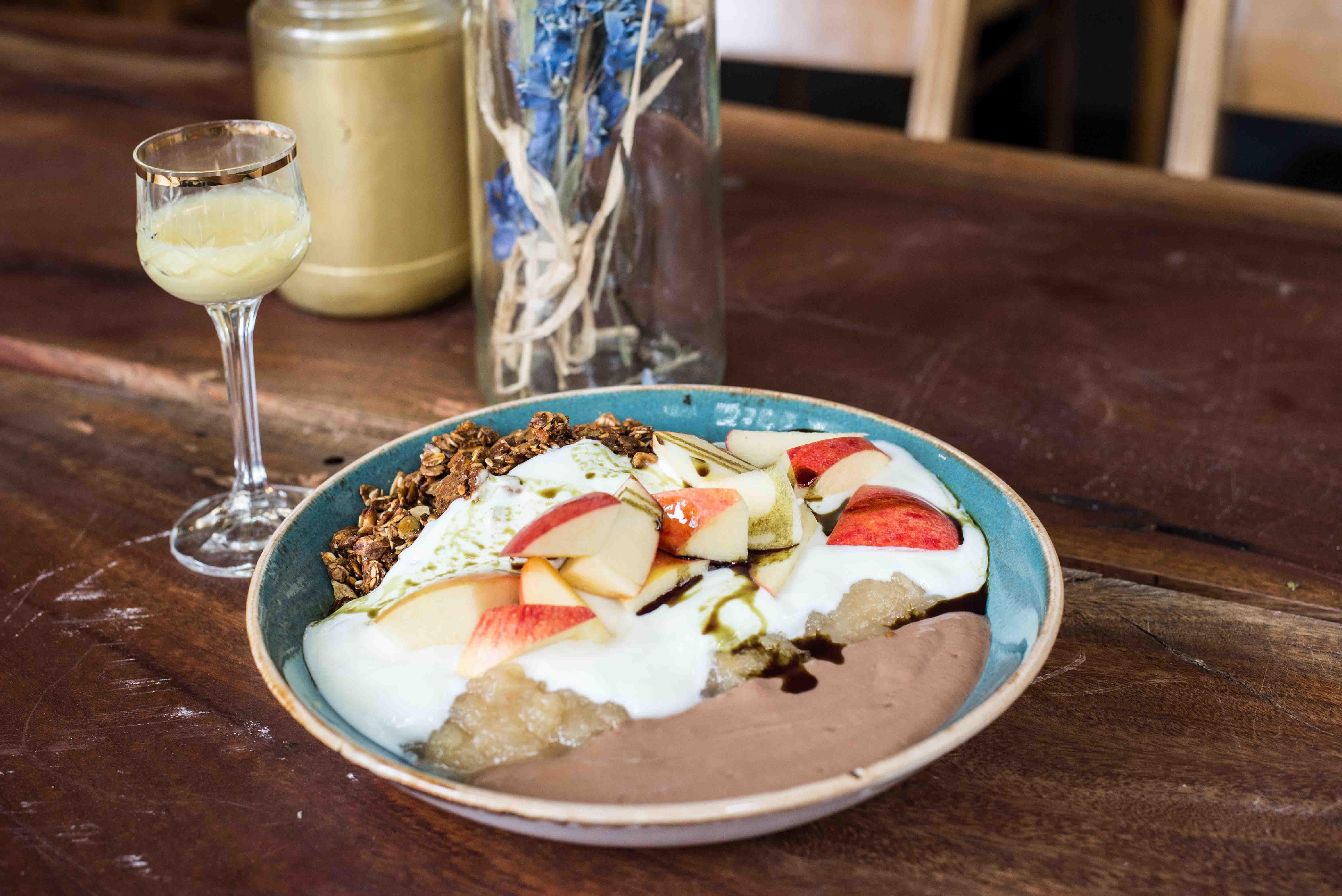 Frühstück in Neukölln, das Paulinski Palme in Rixdorf
