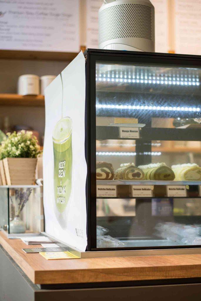 Die Kuchentheke im Café Letcha in München