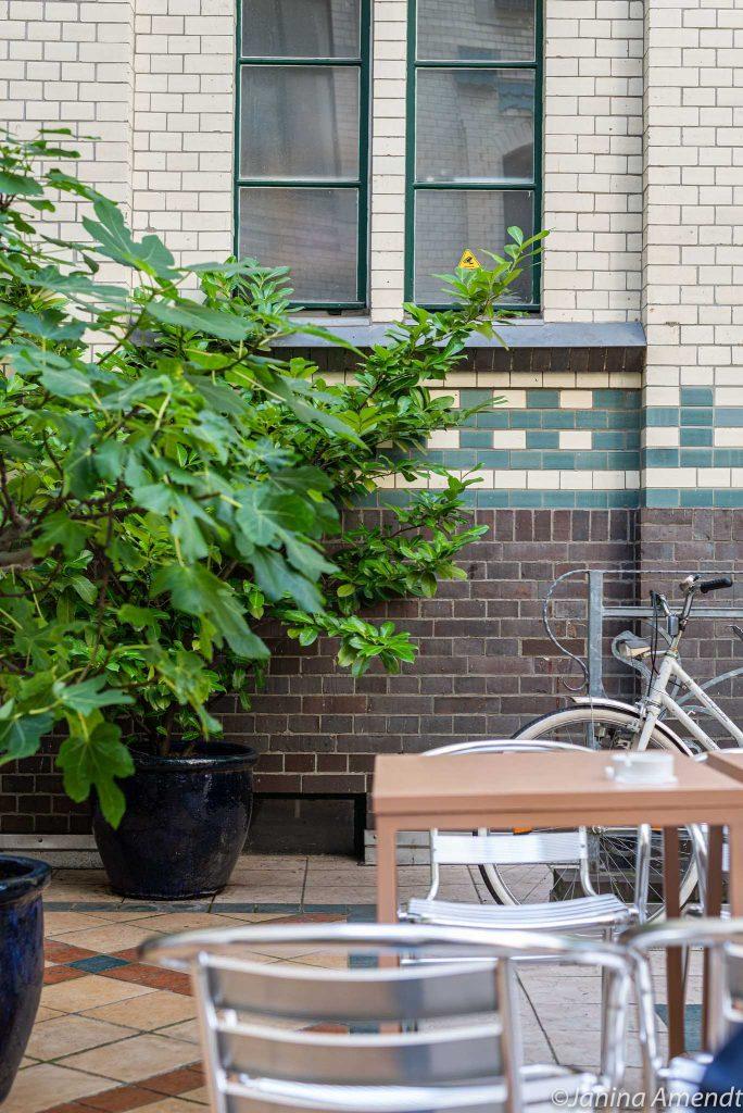 Innenhof von The Klub Kitchen in Mitte
